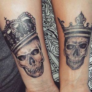 tatuajes King Queen con calaveras